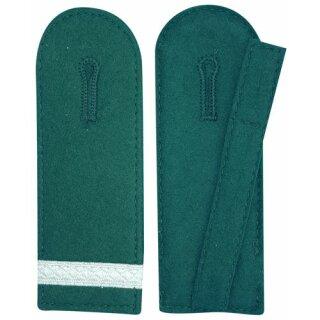 Schulterklappen,runde Form, 1 Streifen silber, Filz grün